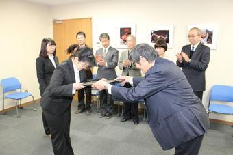 本学、宮島さん・岸田さん 「平成25年度奈良県統計グラフコンクール」特選知事賞受賞
