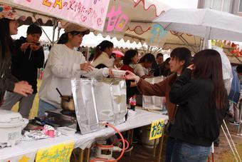 学園祭「登美ヶ丘祭」を開催しました