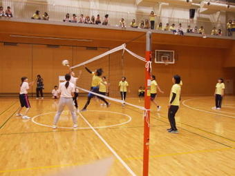 第13回「AGH杯」(学内スポーツ大会)を開催しました